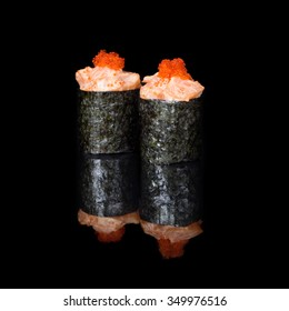 Vertical roll with salmon and caviar
