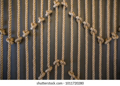 Vertical ropes with a lot of knots
