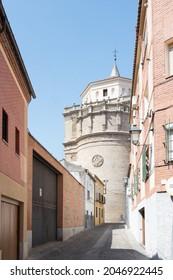 A vertical shot of the Patronato Asilo San Prudencio in Talavera de la Reina, Spain