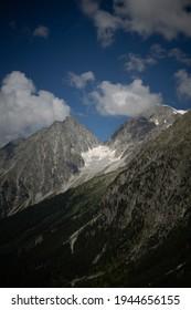 A vertical shot of the Staller Sattel Rasen-Antholz in Italy