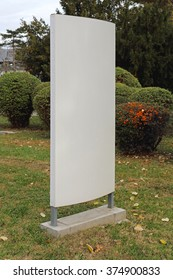 Vertical Sign Board For Outdoor Advetising in City Park