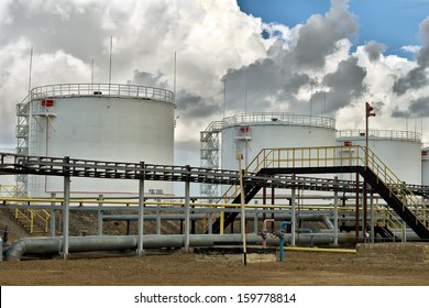 Vertical steel tanks for the storage of petroleum products.