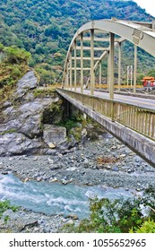 vertical view of two bridges, zhihui and pudu, in taroko national park hualien taiwan