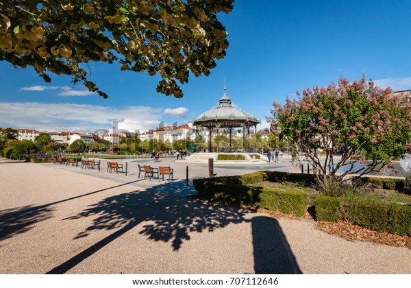 Very beautiful  park in the center of Valence. It is considered one of the most beautiful parks in the Rhone Valley.