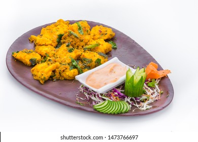 A very famous delicacy from Hyderabad. This dish is very popular and commonly served in bars and pubs. The marinated fish pieces are deep fried batter and then tossed with spicy sauces