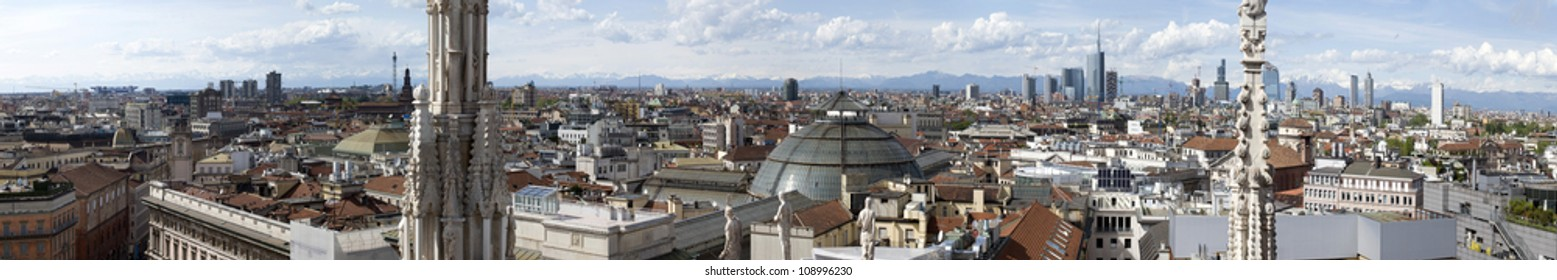 Very large panoramic view of Milan from the roof of the Dome, Milan, Italy