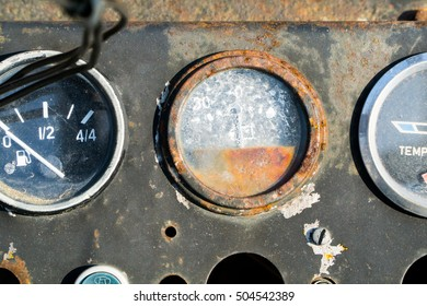 Very Old Antique Control Dials And Switches. In Rusted Metal, But Still Working