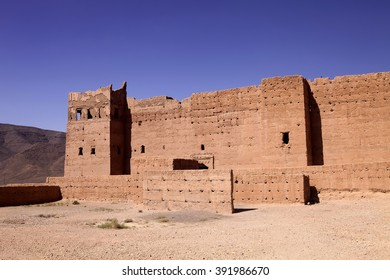very popular filmmakers reconstructing the kasbah Ait - Benhaddou, Morocco
