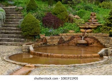 Vesica Pool, Chalice Well, Red Spring, Glastonbury, Somerset, England, UK