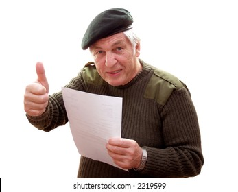 Veteran giving the thumbs up to a letter
