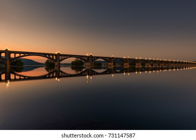 Veterans Memorial Bridge, spans the Susquehanna River between Columbia and Wrightsville, Pennsylvania