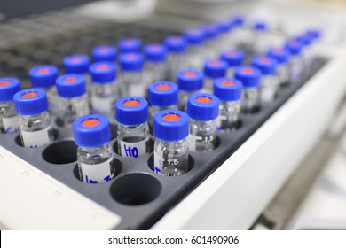Vials set on gas chromatography