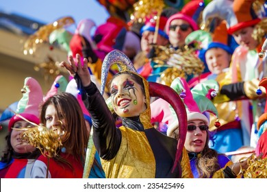 VIAREGGIO, ITALY - FEBRUARY 21: Festival, the parade of carnival floats with dancing people on streets of Viareggio. February 21, 2010, taken in Viareggio, Italy