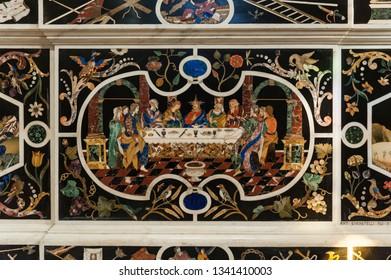 VICENZA, ITALY - DECEMBER 29, 2018: Paliotto dell'altare centrale: L'ultima cena, in Major Chapel (Cappella Maggiore e Altare Maggiore) of Chiesa di Santa Corona, Vicenza - Italy