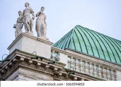 """Vicenza Italy. A detail of the roof of the great monument """"Basilica Palladiana"""" in the """"Signori square"""""""