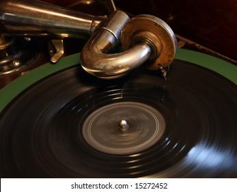 """A Victor """"Victrola"""" Talking Machine (ca. 1922) - Closeup, revolving record"""
