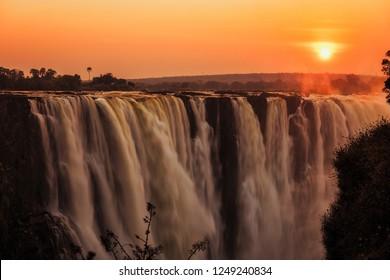 Victoria falls, national park