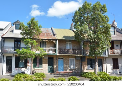 Victorian Terraced houses in Sydney, Australia.Terraced housing was introduced to Australia in the 19th century. Their architectural work was based on those in London and Paris.