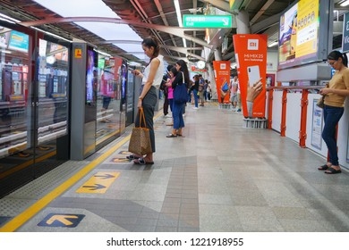 Victory monument bts station,Bangkok,Thailand 23 Oct 2018:People waiting for arriving of the train at Victory monument station  BTS(Bangkok mass transit system)is the rapid transit system in Bangkok