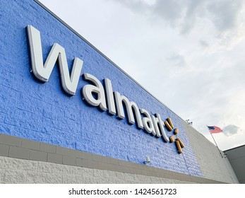 Vidalia, Georgia / USA - June 13, 2019: The big 3D lighted letter sign and logo of Walmart's superstore located at E 1st Street in Vidalia, Georgia.