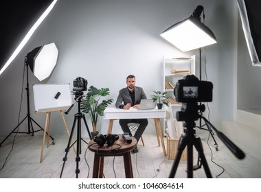 Video footage of the training program from a young business coach. Backstage recording video of a business lecture.