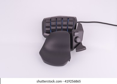 Video game keypad used for computer gaming