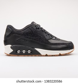 Nike Air Images, Stock Photos & Vectors | Shutterstock