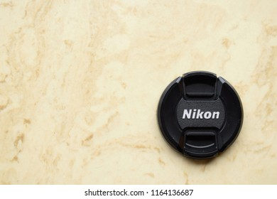 Old Camera and Modern Lens Company Nikon Images, Stock