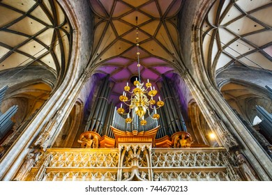 VIENNA, AUSTRIA - October 15, 2016: Interior of St. Stephen's Cathedral in Vienna, Austria
