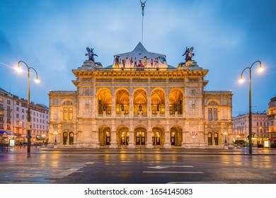 VIENNA, AT - MAY 23, 2015: The Vienna State Opera (Wiener Staatsoper) is an Austrian opera house and opera company based in Vienna, Austria.