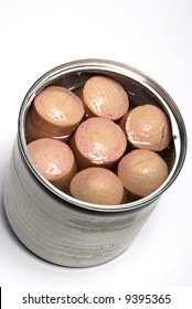 vienna sausage links made with chicken beef and pork in chicken broth in tin can package