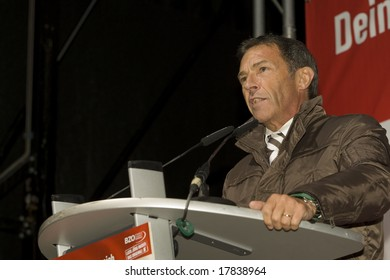 VIENNA - SEPTEMBER 22:  Joerg Haider, Austrian politician on September 22, 2008, in the election campaign for the National Council choice on October 28th, 2008