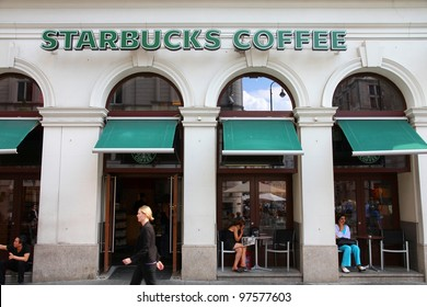 VIENNA - SEPTEMBER 5: Starbucks Coffee coffeehouse on September 5, 2011 in Vienna. Starbucks is the largest coffeehouse company in the world, with 19,435 stores in 58 countries (2012).