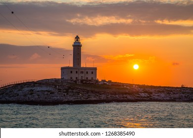 The Vieste lighthouse at dawn