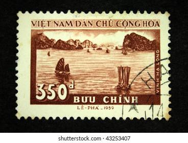 VIETNAM - CIRCA 1959: A stamp printed in Vietnam shows bay, circa 1959