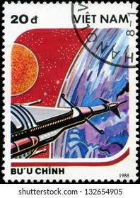 VIETNAM - CIRCA 1988: A stamp printed in Vietnam shows futuristic Spaceship, circa 1988