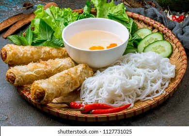 vietnamese food spring rolls and noodle