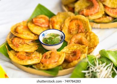Vietnamese shrimp pancake (Banh Tom in Vietnamese)