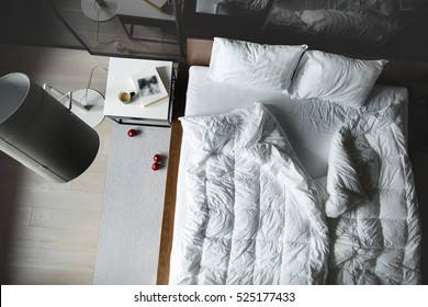Bed From Above Images Stock Photos Vectors Shutterstock