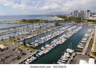 View from above, overlooking Magic Island and Honolulu Harbor