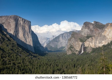 View across the Yosemite Valley from Tunnel View California USA
