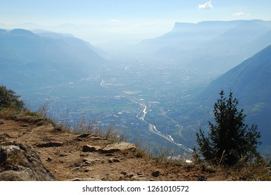 A view of the Adige valley from Merano to Bolzano, standing at  the Hans-Frieden-Felsenweg (Meran, South Tyrol, Italy)