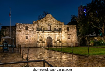View of the Alamo Mission in San Antonio at Night with Canon on the Side