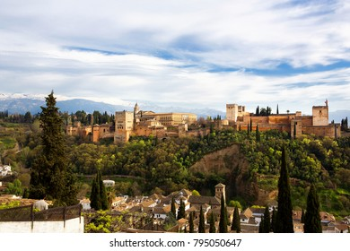 View of the Alhambra from Mirador de San Nicolas