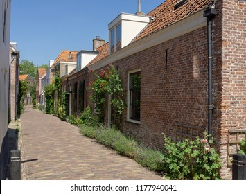 View at the alley 'penninghoek' (coin corner) in Middelburg, Zeeland, NLD