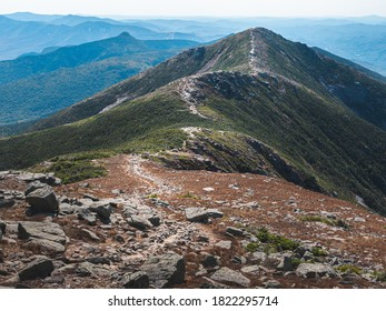 The view along Franconia Ridge looking towards Mount Lincoln from Mount Lafayette