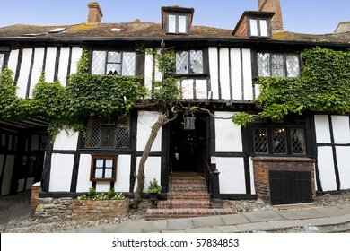 View of an ancient (ca 1400) traditional English pub, with a tudor style exterior.