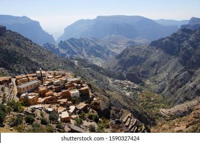 View to Ash Sharqiyah, Jebel Akhdar, part of the Al Hajar Mountains range in Oman