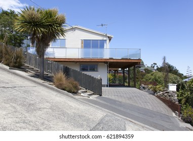 The view of Baldwin Street, officially the steepest street in the world (Dunedin, New Zealand).