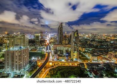 View Bangkok city tour assistance at sunset